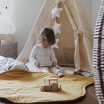 Kremno bel šotor Babo Tipi, podloga 100x100 cm