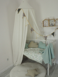 Kremno bel baldahin iz muslina