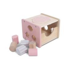 Roza kocka za razvrščanje oblik ŠKOLJKA (12m+), Jollein