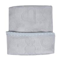 Sivi pokrivač za povijanje bambus 70x70 cm LULLALOVE